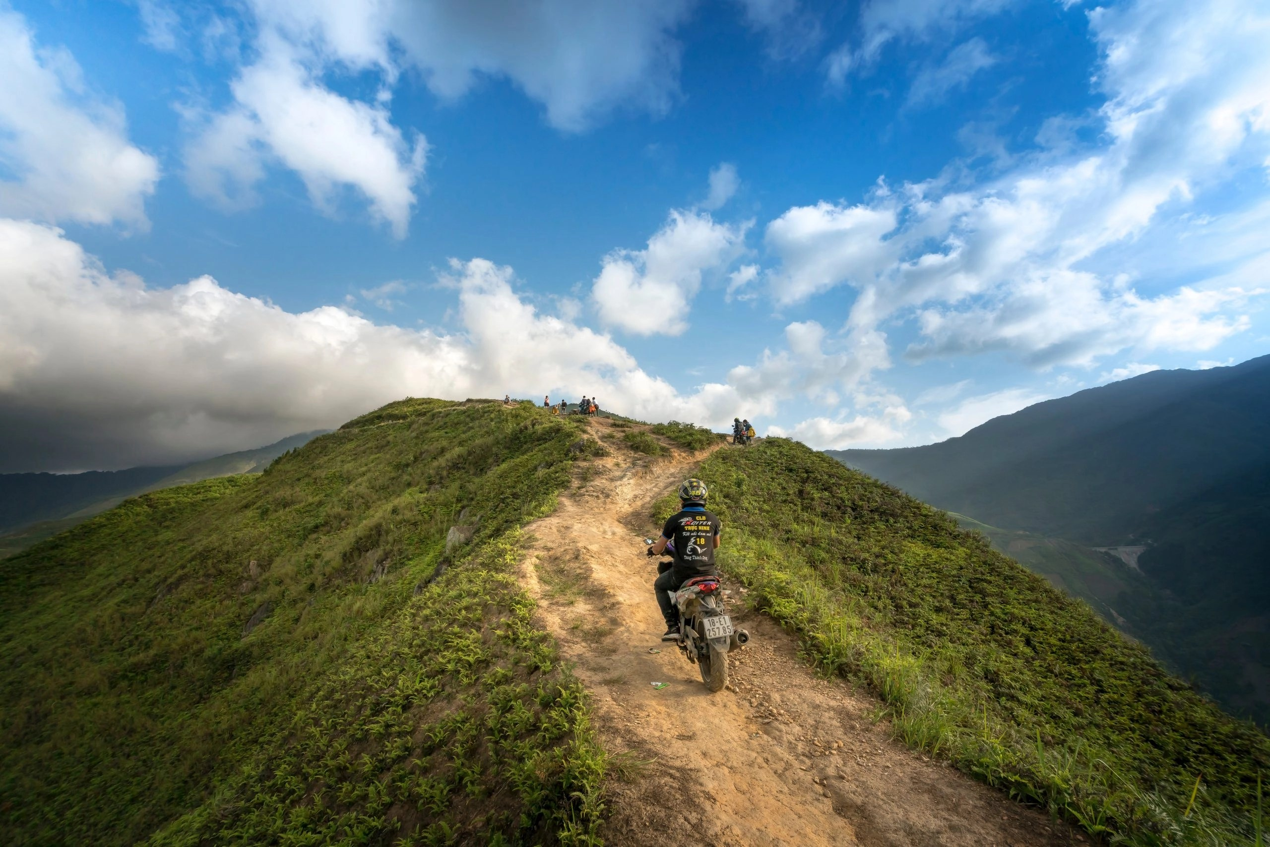 motorcycle touring miles per day 01