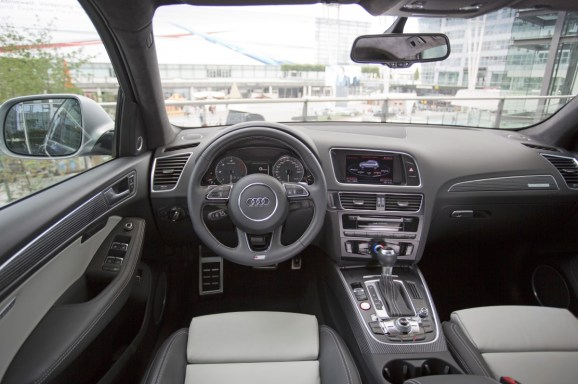 Audi SQ5 Interieur Cockpit