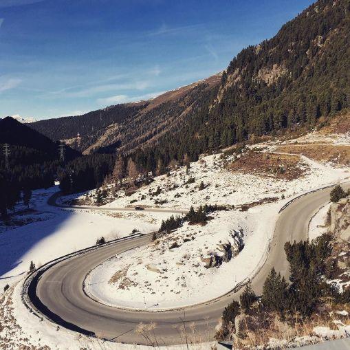 Alpine_road_love...