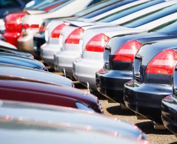 FOTO: Gennaio nero per l'auto in Europa, si torna al 1990. La quota Fiat scende al 6,6%