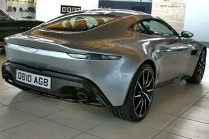 10_Aston-Martin DB10