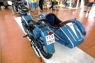 21_moto-guzzi-gtv-500_moto-100-anni-di-storia
