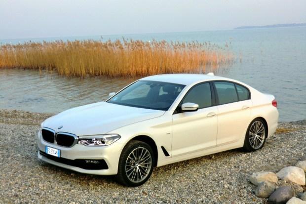 Motori360-BMWserie5-2017-02 BMW nuova Serie 5, più leggera e completamente interconnessa