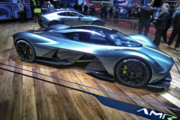 Motori360.it-AstonMartinAMR-SaloneGinevra2017-22