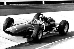 Motori360.it-ap.-John-Surtees