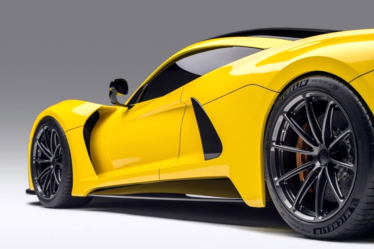 Motori360.it-Hennessey Venom F5-10