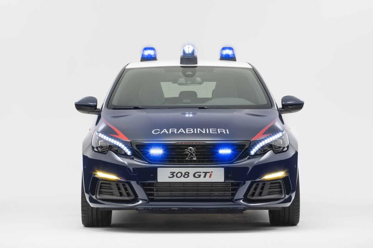 Motori360-308GTi-Carabinieri (1)