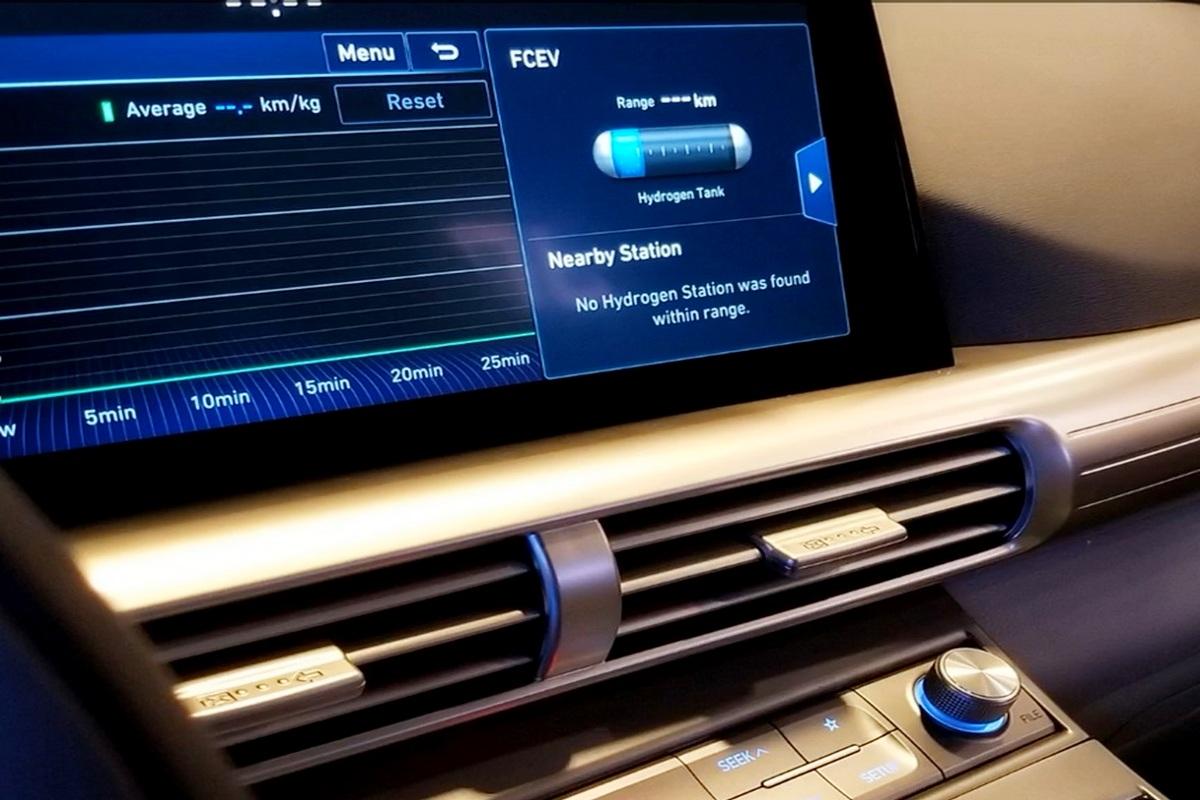 motori360-Hyundai-Nexo-17
