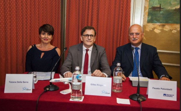 Da sinistra Tiziana Della Serra, Sales & Marketing Director Air Transat Italy, Gilles Ringwald vice-Presidente Commercial Air Transat e Fausto Palombelli Chief Commercial Officer di Aeroporti di Roma