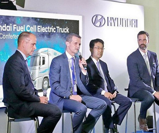 Motori360-VW-Hyundai-Fuel-Cell-07