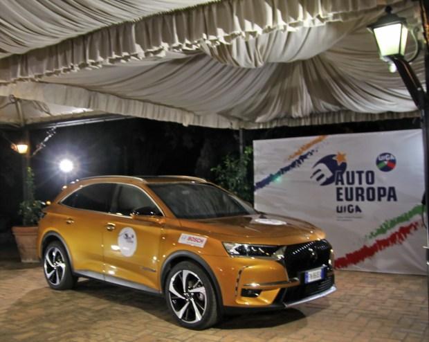 Motori360_DS7-Crossback-auto-europa-2019-int