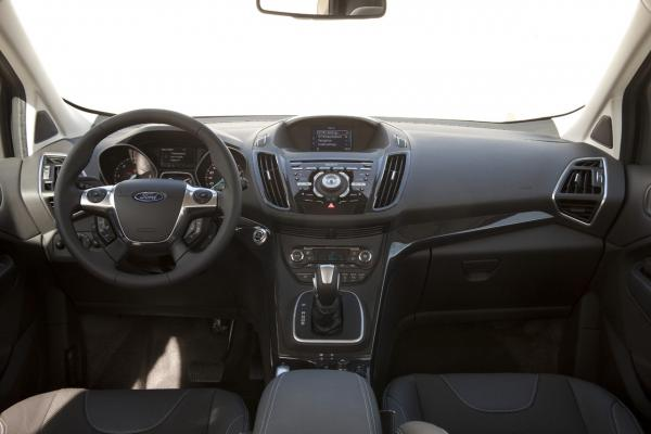 nuova-ford-kuga-2013-8