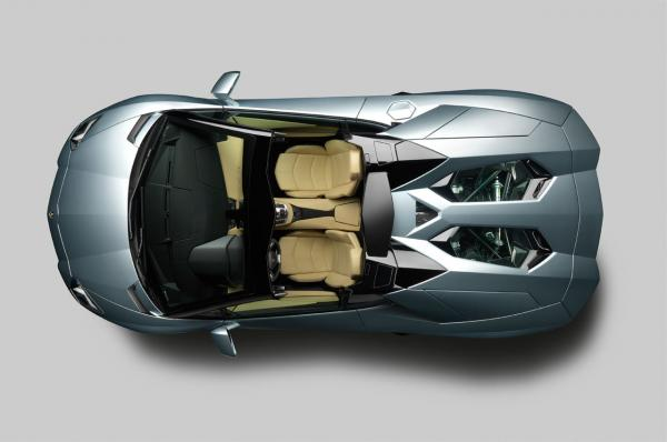lamborghini-aventador-lp-700-4-roadster-7