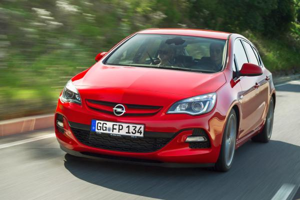 opel-astra-restyling