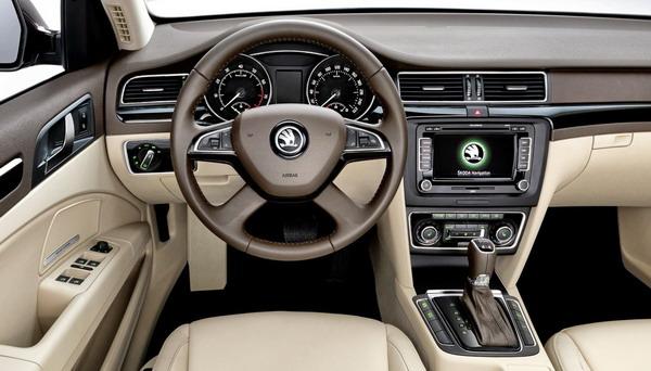 nuova-skoda-superb-interni-interior-2