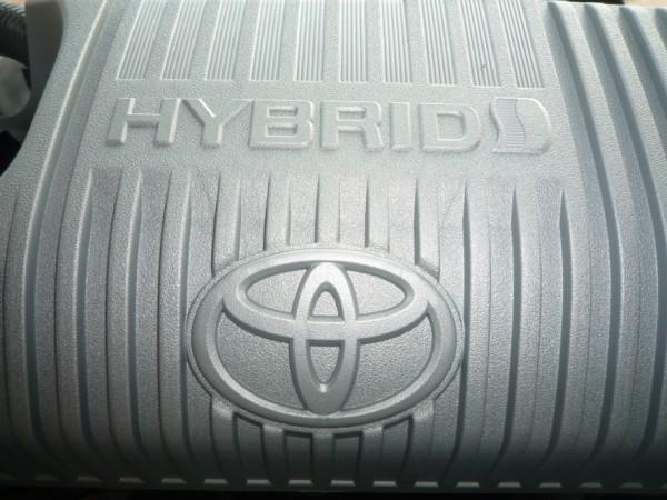 toyota-yaris-hybrid-7
