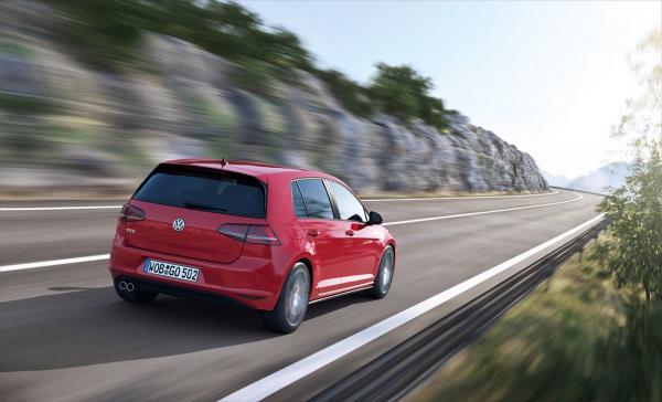 nuova-volkswagen-golf-gtd-diesel-1