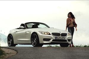 The BMW Z4 vs BMW Z4 GT3 – Video