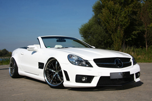 PP Exclusive Mercedes SL R230: Low, Wide, and Loud
