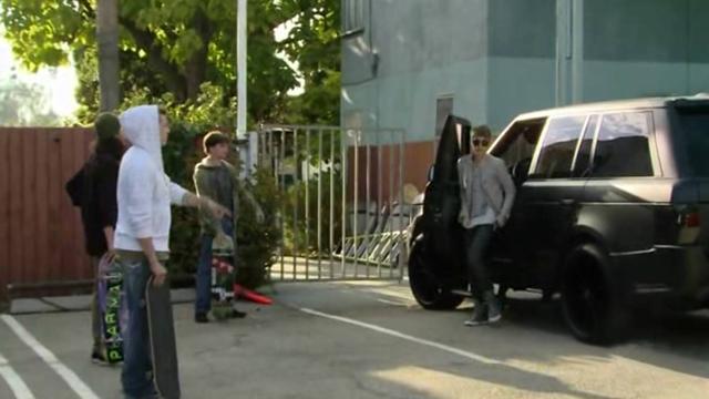 Justin Bieber Driving an A Kahn Design Branded Range Rover