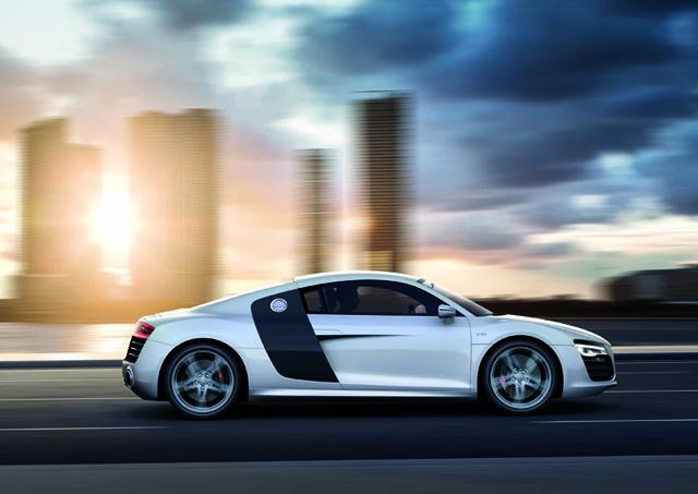 Refreshed Audi R8 V10