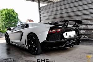 2013-Lamborghini-Aventador-LP900-SV-3 (2)