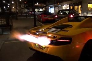 McLaren MP4-12C Spider Exhaust flames