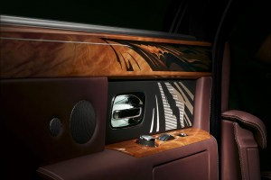 Rolls Royce Pinnacle Travel Phantom