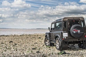 A Kahn DeA Kahn Design Land Rover Defender 2.2 TDCI SW 90 sign Land Rover Defender 2.2 TDCI SW 90
