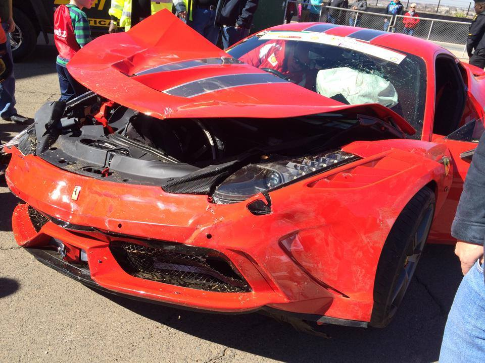 Ferrari 458 Speciale Crash