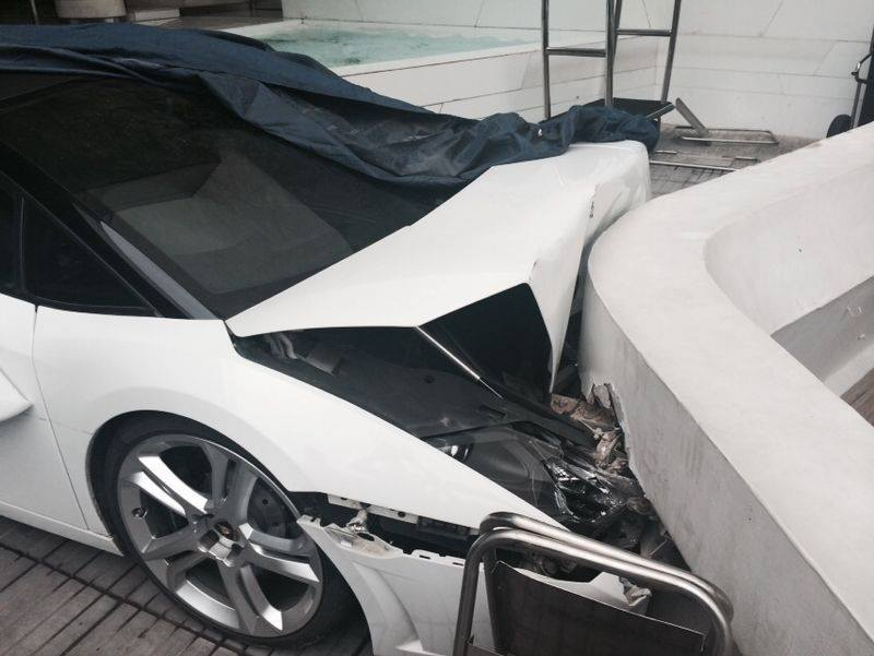 Lamborhgini Gallardo Spyder Valet Crash