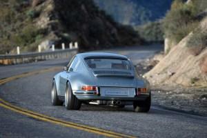 Singer Porsche 911 Carrera 2 Virginia  (26)