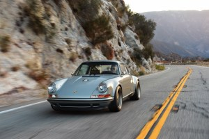 Singer Porsche 911 Carrera 2 Virginia  (33)