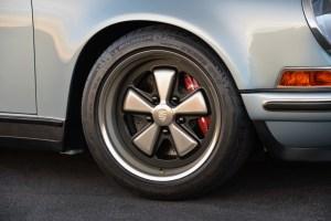 Singer Porsche 911 Carrera 2 Virginia  (40)