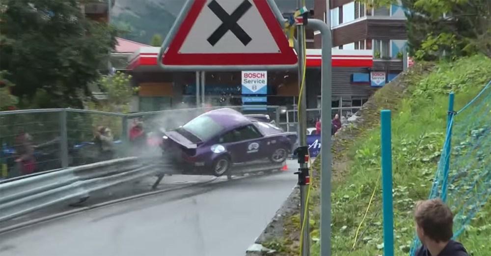 Porsche 911 RSR IROC Crash
