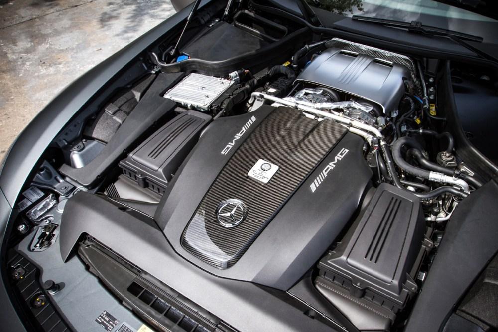 McChip-DKR Mercedes-AMG GT