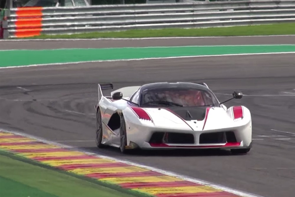 McLaren P1 GTR vs Ferrari FXX K