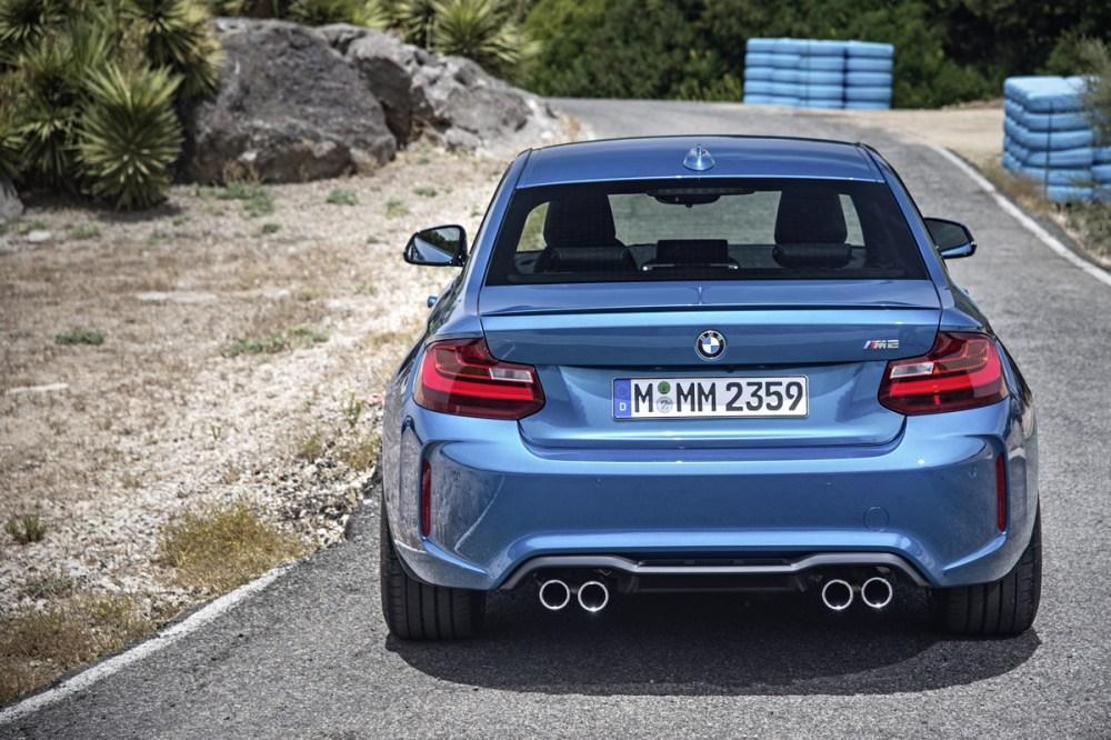 2016 BMW M2 (15)