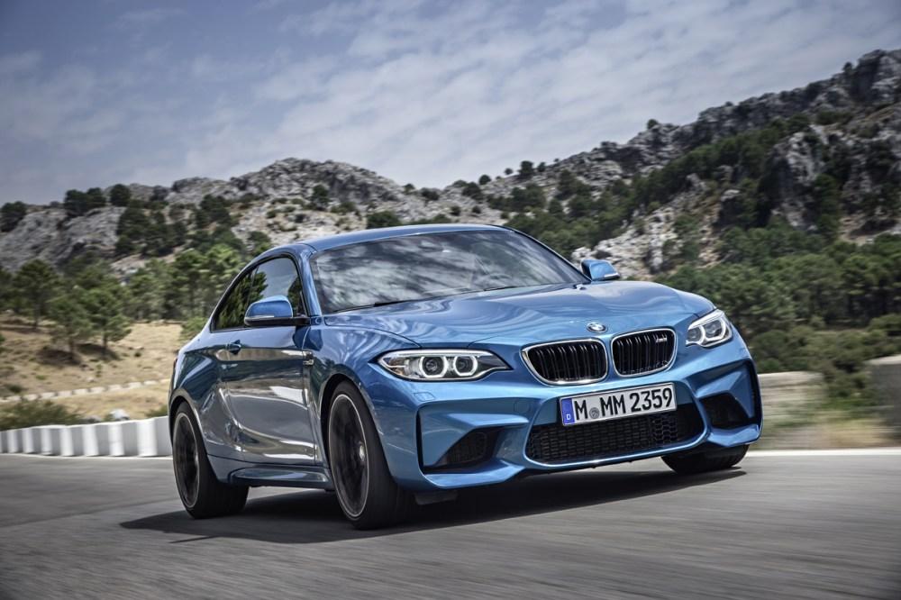 2016 BMW M2 (37)