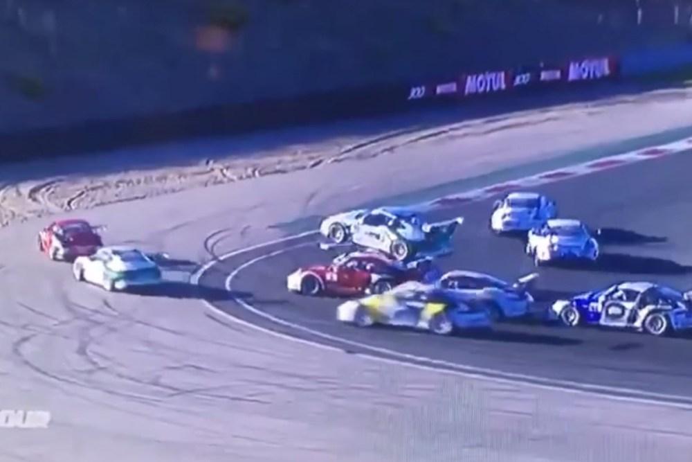 Porsche Carrera Cup France Crash