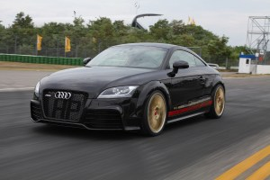 HPerformance Black Hawk Audi TT-RS