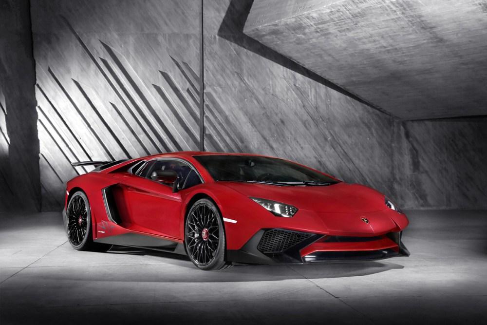 Lamborghini-Aventador-LP-750-4-SV-17