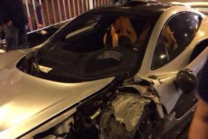 McLaren P1 Crash China