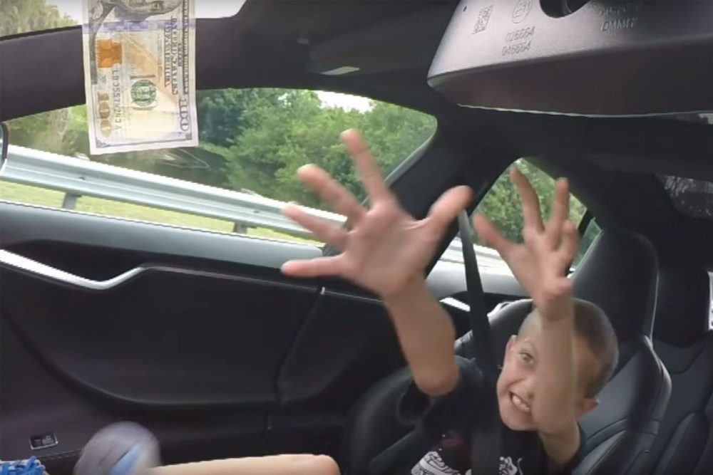 Tesla Model S P90D Ludicrous Mode Challenge