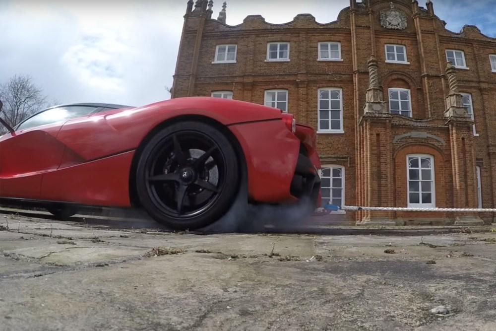 Ferrari LaFerrari vs KTM 1290 Super Duke