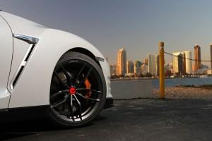 Nissan GT-R with Vorsteiner V-FF 105 Flow Forged Wheels