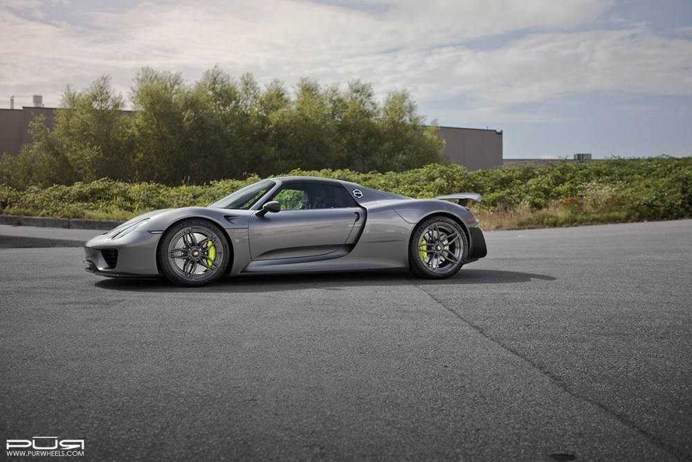Porsche 918 Spyder with PUR RS23.M2 Wheels