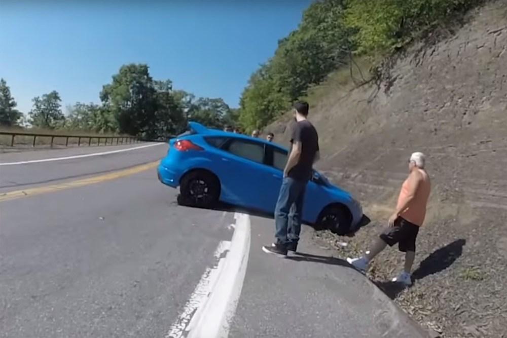 Friday FAIL: Ford Focus RS Drift Mode Crash