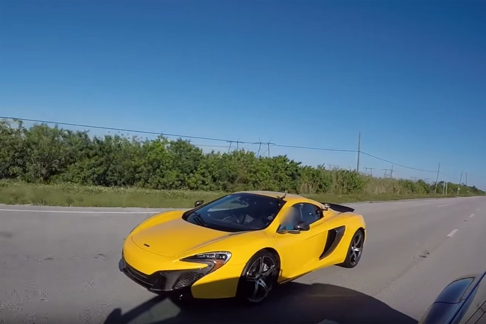 Tesla Model S P100D vs McLaren 650S Spider