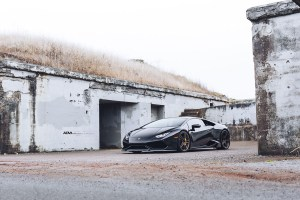black-lamborghini-huracan-lp610-4-tuned-bronze-split-5-spoke-adv1-wheels-performance-rims-l